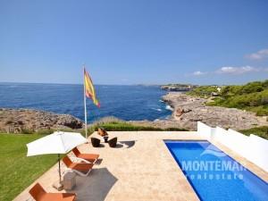 Villa en 1ª línea de mar en Cala d'Or/Cala Egos