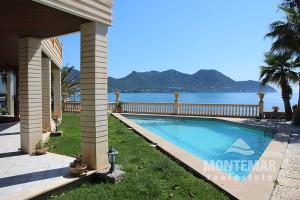 Port Verd - Villa de lujo en primera línea con acceso al mar