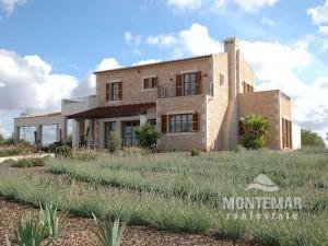 Proyecto de finca con bonitas vistas entre Santanyi y Campos con licencia