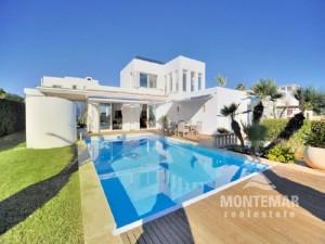 Hermosa villa con vistas al mar en Porto Petro en venta