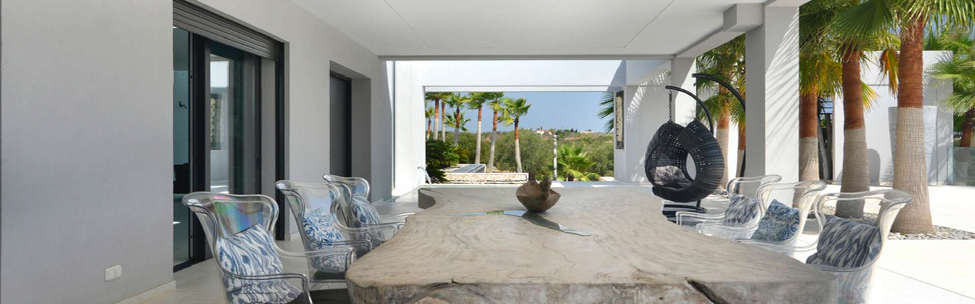 Villa de lujo con vistas al mar en Cala Mandia