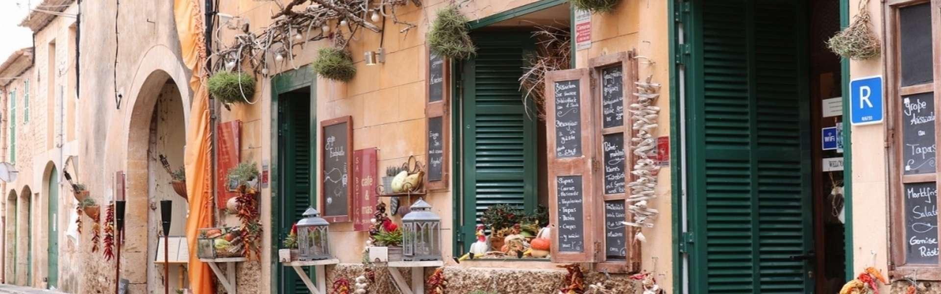 Alqueria Blanca - Casa de pueblo restaurada en el corazón de este pintoresco pueblo
